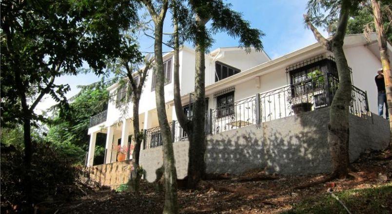 Stephany House
