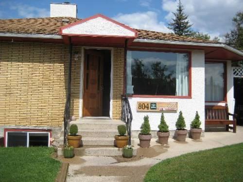 804 Miette Guest House