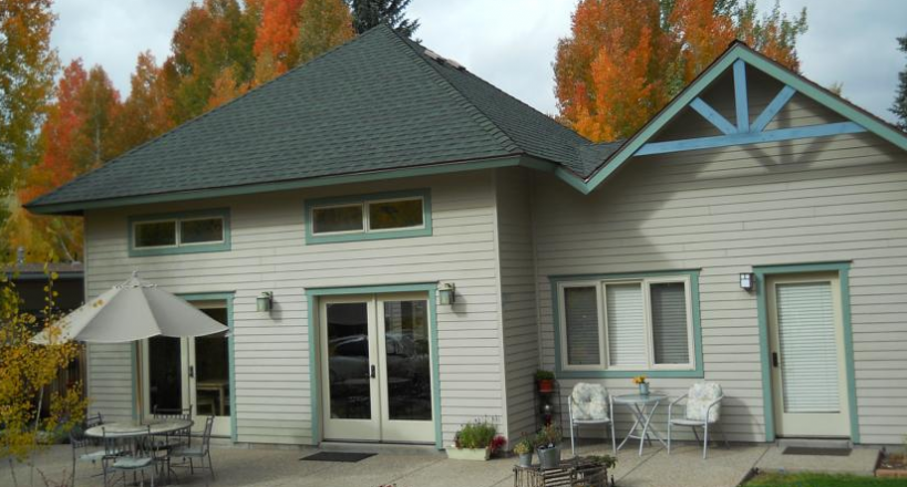 Conifer House Bed and Breakfast Inn